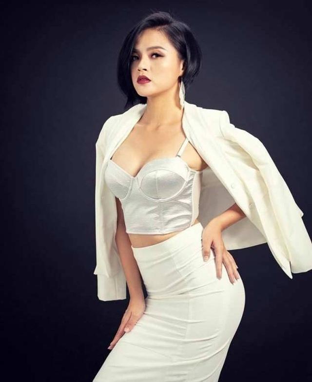 5 sao nữ xinh đẹp, thành công hơn sau hôn nhân đổ vỡ  - 5