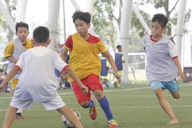 PVF tuyển sinh, tìm kiếm tài năng trẻ khóa 11 - 1