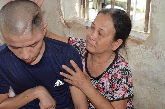 Chuyện lạ: Xót thương người mẹ nghèo đến bất lực không dám nhận 40 triệu đồng - 18