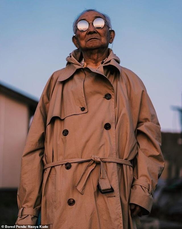 """Ông cụ 84 tuổi gây sốt trên mạng xã hội vì phong cách thời trang """"độc, lạ"""" - 6"""