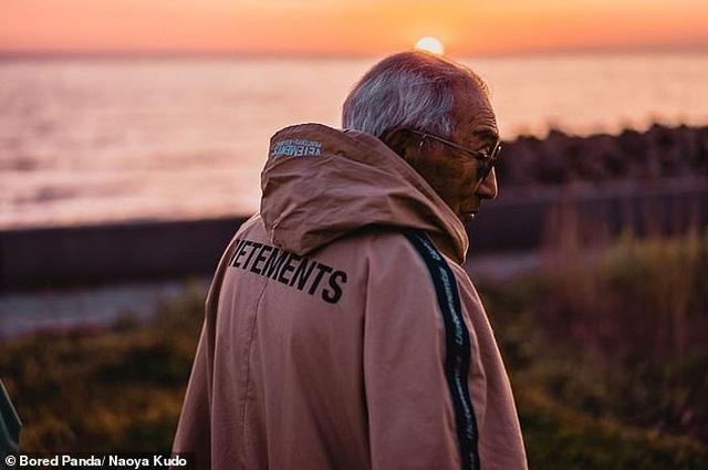 """Ông cụ 84 tuổi gây sốt trên mạng xã hội vì phong cách thời trang """"độc, lạ"""" - 10"""