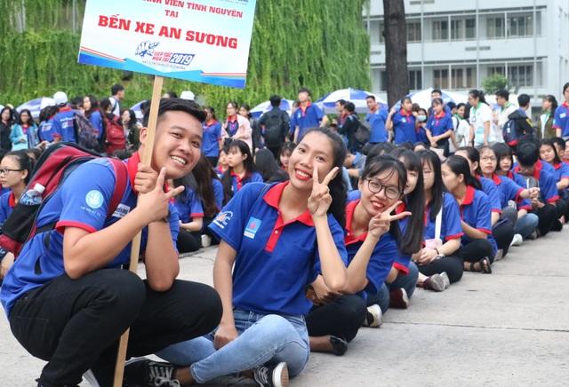 Giới trẻ Sài Gòn hào hứng ngày bắt đầu Tiếp sức mùa thi - 1