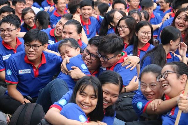 Giới trẻ Sài Gòn hào hứng ngày bắt đầu Tiếp sức mùa thi - 5