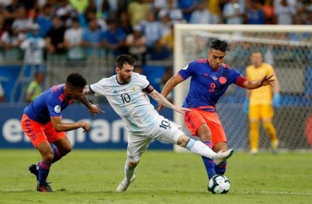 Argentina - Paraguay: Chờ Messi rực sáng