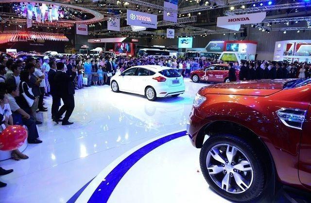 Chờ 10 năm mong mua xe châu Âu giá rẻ, dân Việt bỏ xe cỏ lên đời xe sang? - 5