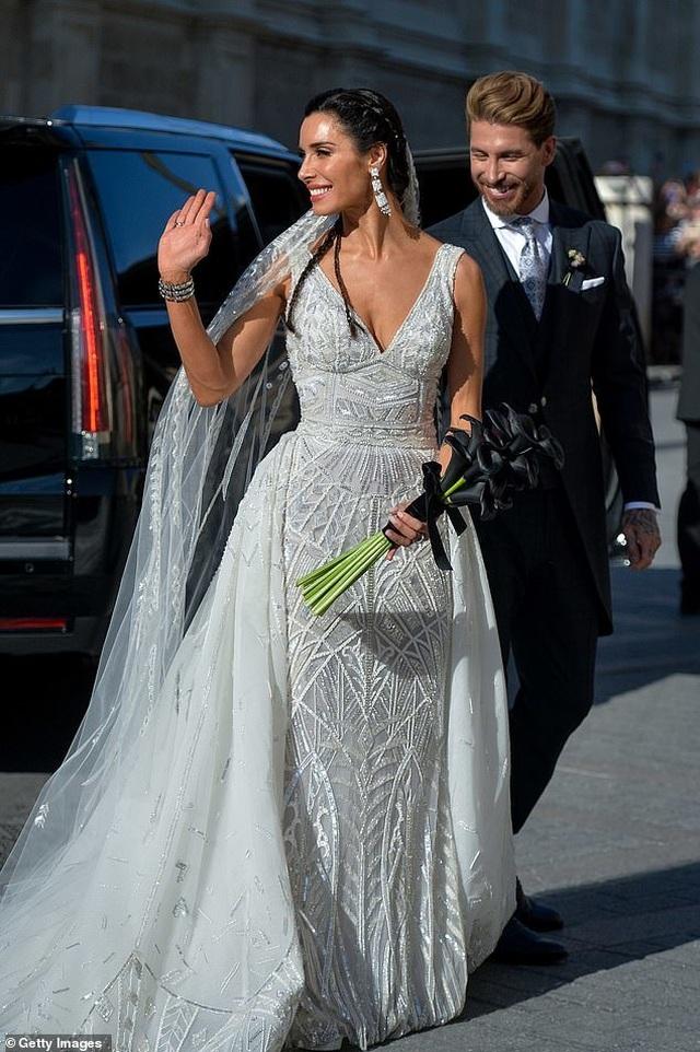 MC truyền hình 41 tuổi kết hôn với danh thủ Sergio Ramos - 3