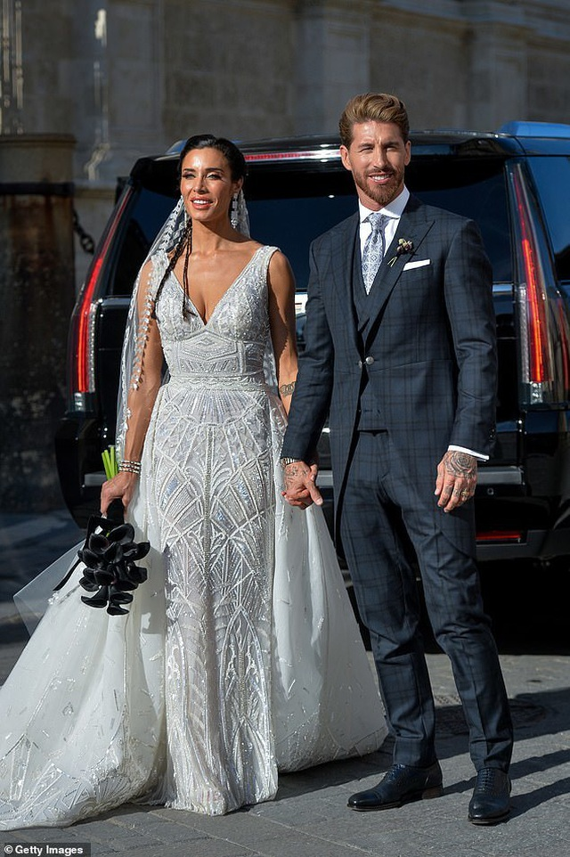 MC truyền hình 41 tuổi kết hôn với danh thủ Sergio Ramos - 2