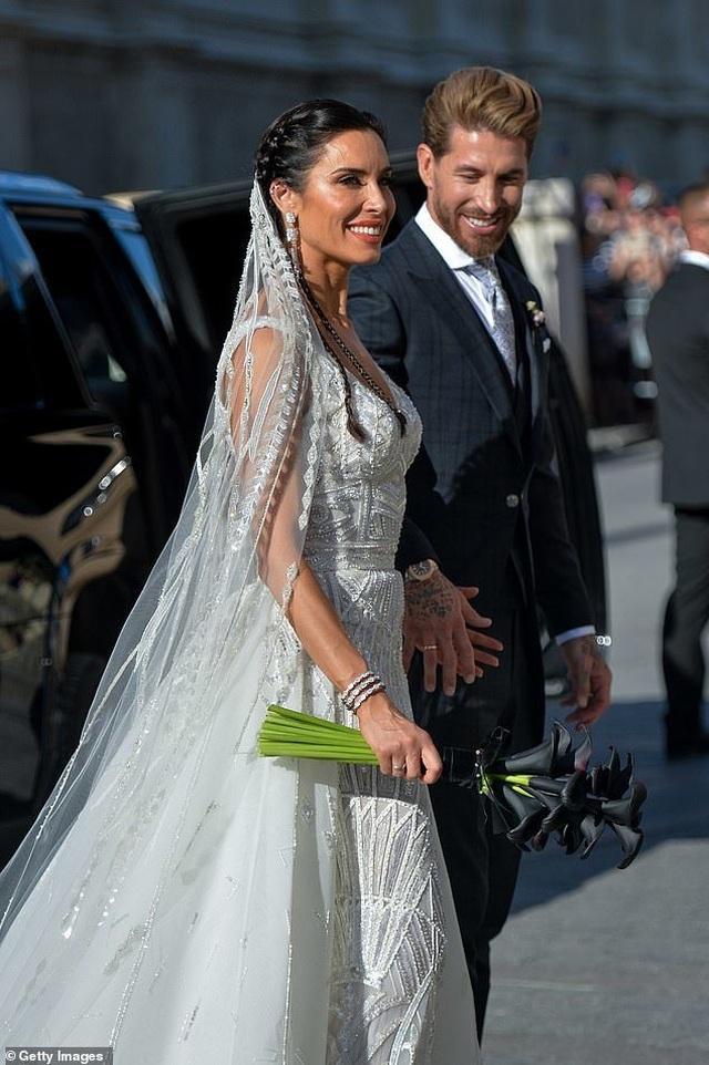 MC truyền hình 41 tuổi kết hôn với danh thủ Sergio Ramos - 4