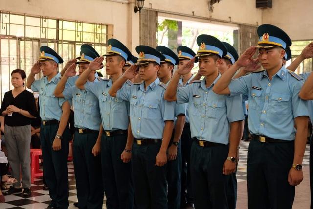 Xúc động tang lễ 2 phi công hy sinh khi bay huấn luyện ở Khánh Hòa - 2