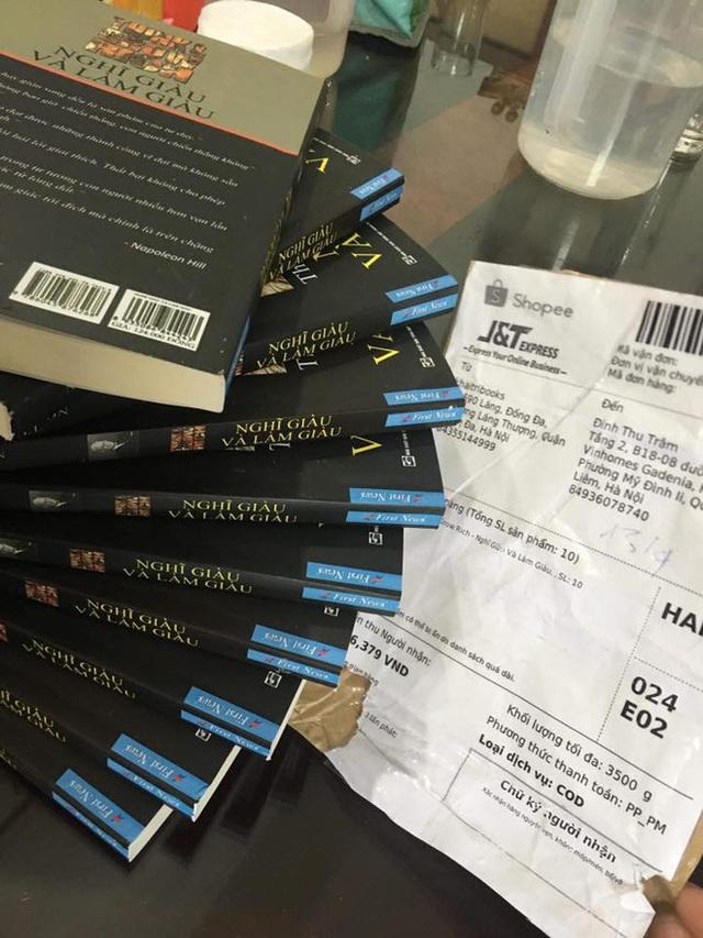 MC Phan Anh, Tùng Leo và First News lên tiếng tuyên chiến với sách lậu - 2