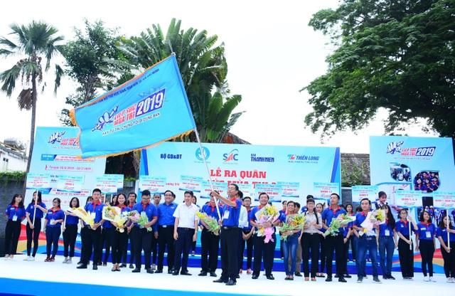 TP.HCM: Gần 20.000 sinh viên tình nguyện ra quân Tiếp sức mùa thi năm 2019 - 1