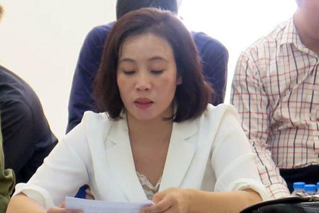 Tuyên y án, bắt giam ngay tại tòa người vợ dùng súng bắn chồng ở Hà Nội - 1