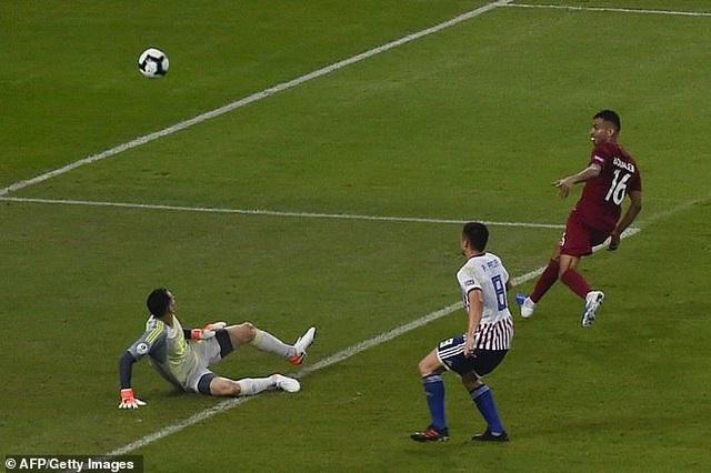 Paraguay 2-2 Qatar: Nhà vô địch châu Á ngược dòng ngoạn mục - 3