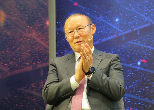 HLV Park Hang Seo: Tôi tự hào khi giúp các cầu thủ phát huy tối đa năng lực - 2