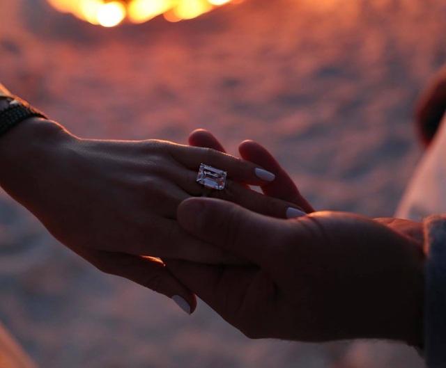 """Chuẩn bị cưới chồng lần thứ 4, Jennifer Lopez nói hai lần cưới đầu... """"không tính"""" - 2"""