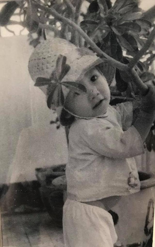 """Duy Mạnh tiết lộ lý do ngày bé """"toàn mặc đồ con gái"""" - 1"""