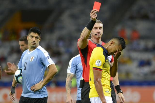 Suarez, Cavani lập công, Uruguay đại thắng 4-0 Ecuador - 4