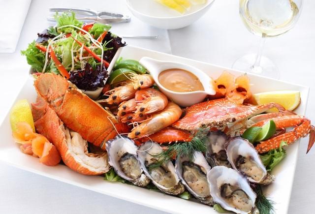 Điểm danh 10 nhà hàng sang chảnh tầm nhìn đẹp nhất Hạ Long - 10