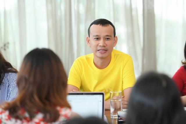 """""""Trùm Hoa hậu"""" Phúc Nguyễn tung hợp đồng chứng minh Mâu Thuỷ bịa chuyện, tiết lộ sốc về Phương Khánh - 1"""