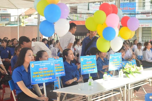 Quảng Ngãi: 500 thanh niên tình nguyện ra quân Tiếp sức mùa thi - 1