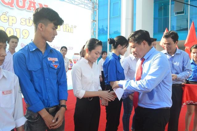 Quảng Ngãi: 500 thanh niên tình nguyện ra quân Tiếp sức mùa thi - 2