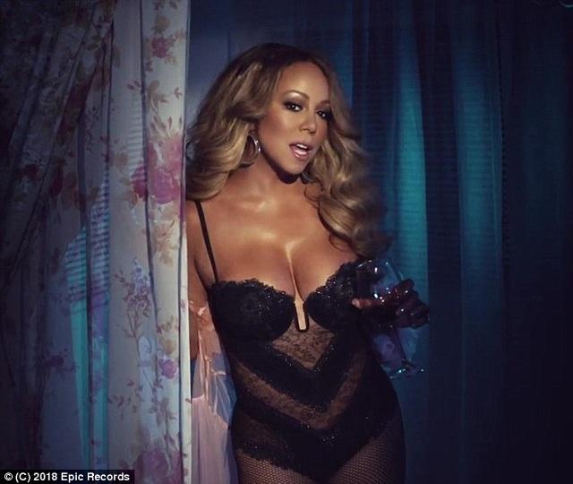Mariah Carey lộ ảnh khoả thân, dính tin đồn ăn chơi thác loạn - 2