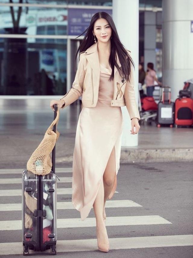Hương Giang nóng bỏng với đồ ôm sát; Phương Khánh thanh lịch khi chấm thi tại Singapore - 8