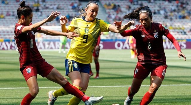 Lần thứ 2 thua tan nát, nữ Thái Lan 99% bị loại khỏi World Cup - 1