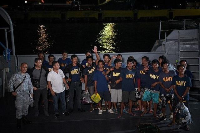 Philippines đòi xét xử tàu Trung Quốc đâm chìm tàu cá trên Biển Đông - 3