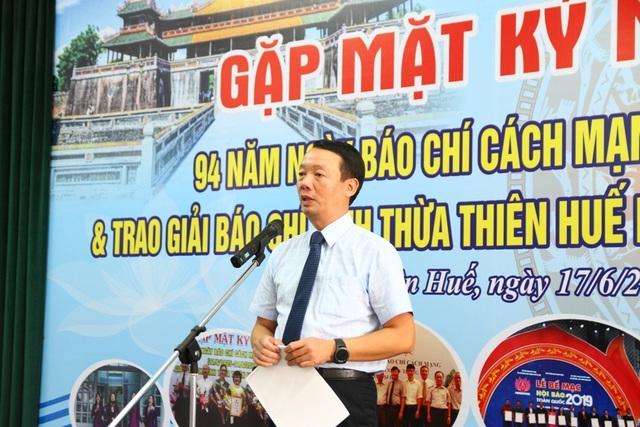 Loạt phóng sự điều tra Báo Dân trí đoạt giải Báo chí tỉnh Thừa Thiên Huế! - 3