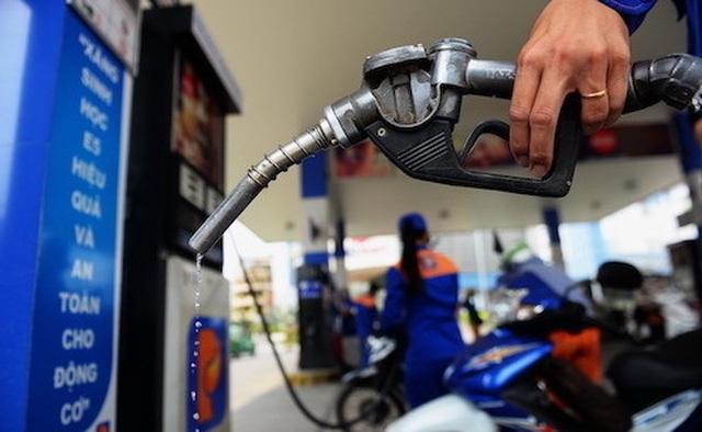 Xăng dầu đồng loạt giảm giá mạnh kể từ chiều nay - 1