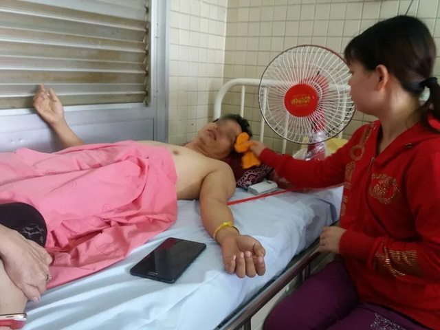 Bệnh nhân chấn thương cột sống, bác sĩ khoan nhầm cẳng chân - 1