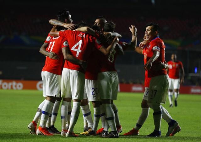 Nhật Bản thua tan nát trước nhà vô địch Chile - 1