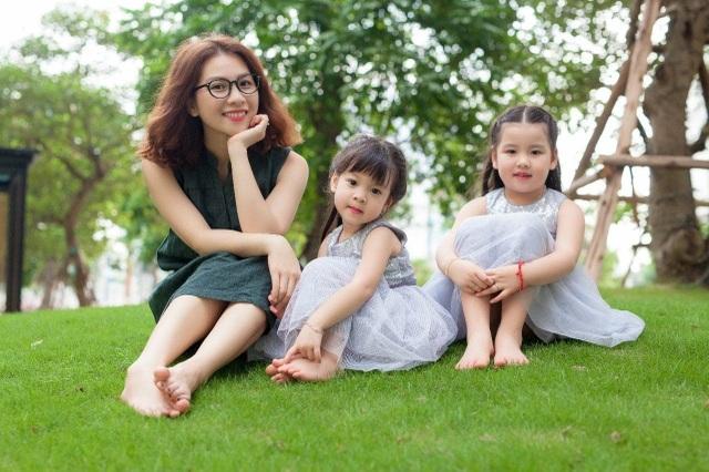 Cận cảnh nhan sắc của bà mẹ hai con trẻ trung xinh đẹp như gái tuổi 18 - 10