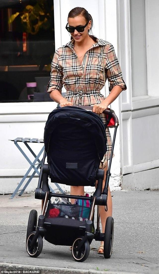 Hậu chia tay Bradley Cooper, Irina Shayk sống vui vẻ và hạnh phúc - 4