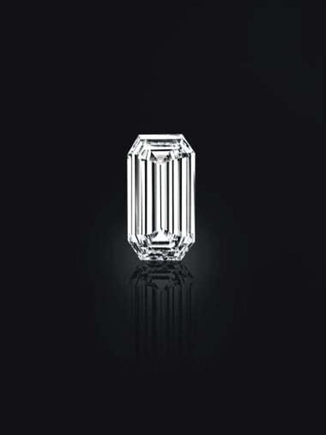 Đấu giá kho báu đầy trang sức, đá quý 500 năm tuổi trị giá 2,7 nghìn tỷ đồng - 2