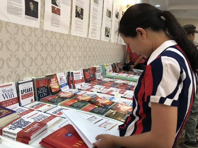 Đặt gần 130 đơn hàng mua sách online thì... tất cả đều là sách giả - 3