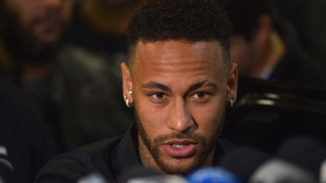 """""""Nạn nhân"""" lại trở thành kẻ có tội trong scandal hiếp dâm của Neymar - 1"""