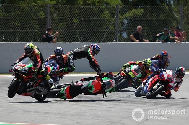 """Marc Marquez thắng dễ dàng trong ngày Lorenzo gây """"đại họa"""" - 3"""