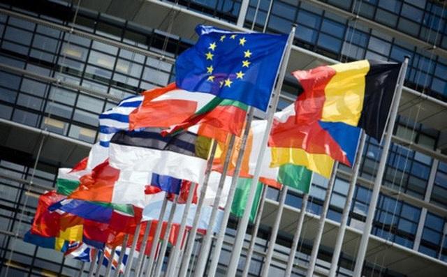 Vì sao châu Âu tăng dần độ tuổi nghỉ hưu? - 1