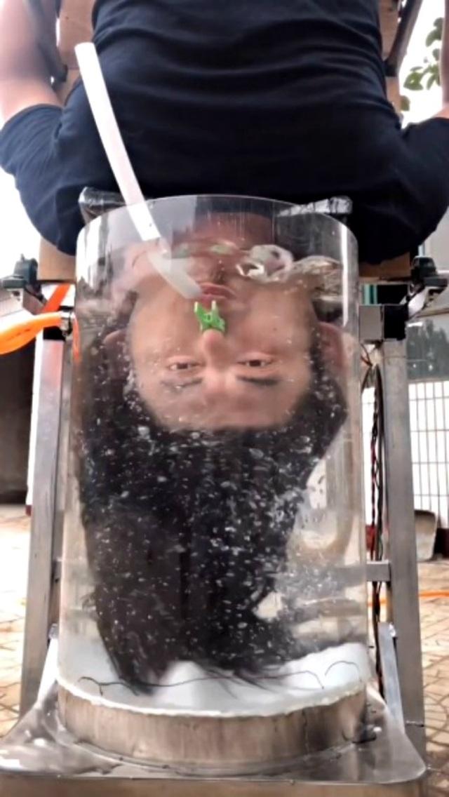 Máy gội đầu tự động có cơ chế hoạt động như... máy giặt - 5