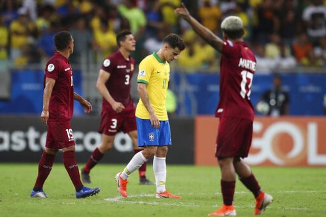 Hai lần VAR từ chối bàn thắng, Brazil hòa cay đắng trước Venezuela - 5