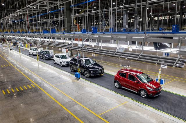 Bên trong nhà máy sản xuất 38 xe ô tô/giờ của VinFast - 2