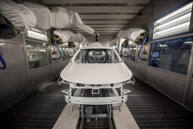 Bên trong nhà máy sản xuất 38 xe ô tô/giờ của VinFast - 8