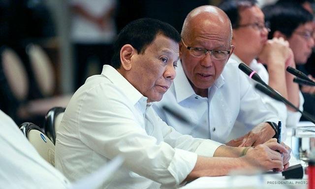 Thuyền trưởng Philippines muốn Tổng thống Duterte buộc tàu Trung Quốc phải chịu trách nhiệm - 2