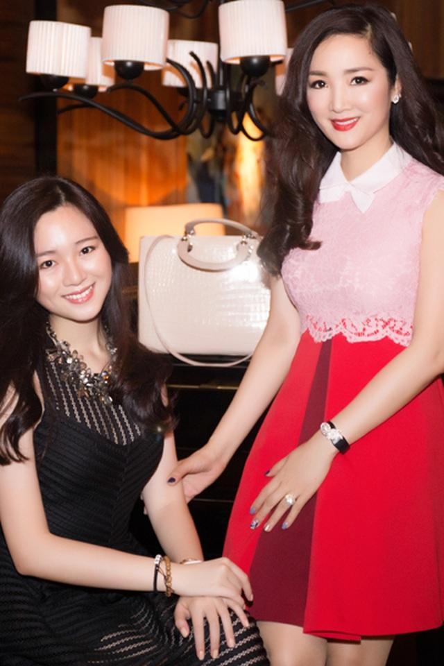 Những cô con gái tài năng, xinh đẹp, nói tiếng Anh như gió của sao Việt - 1