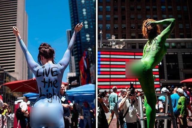 Hàng chục người biểu tình khỏa thân và phủ sơn lên người ở Mỹ - 3