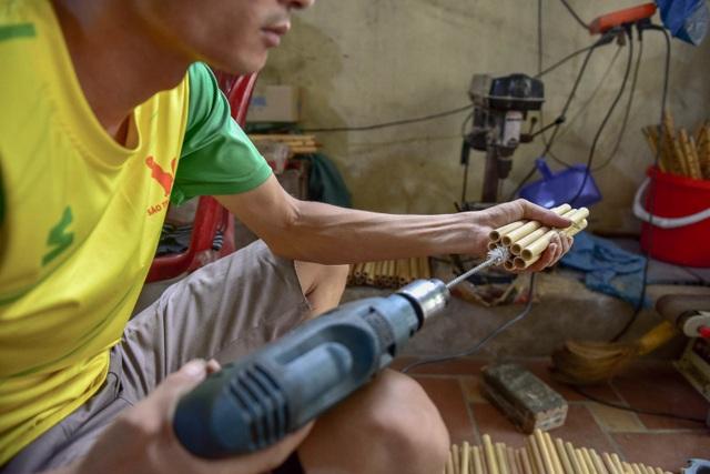 Mục sở thị quy trình làm ống hút tre xuất khẩu mang về tiền tỷ mỗi tháng  của 8X Việt - 10