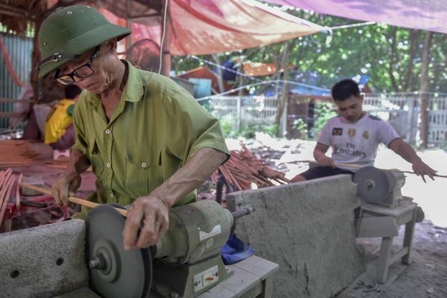 Mục sở thị quy trình làm ống hút tre xuất khẩu mang về tiền tỷ mỗi tháng  của 8X Việt - 2
