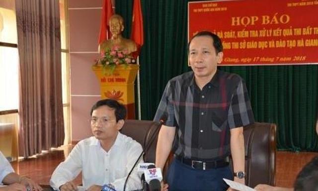 Vụ gian lận thi cử Hà Giang: Cảnh cáo Phó Chủ tịch tỉnh - 1